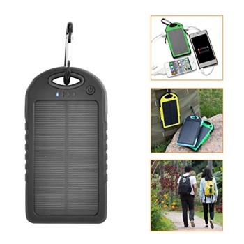 iProtect-5000mAh-Solar-Charger-Power-Bank-Externer-Akku-Pack-und-Ladegert-in-schwarz-fr-Smartphones-Tablets-und-andere-USB-Gerte-inkl-Micro-USB-Kabel-Karabiner-0-4