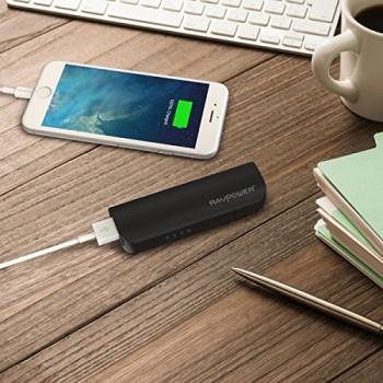 RAVPower-Luster-3200mAh-Zusatzakku-Pack-Akku-Powerbank-Batterie-USB-Ladegert-mit-LED-UV-Licht-schwarz-0-1